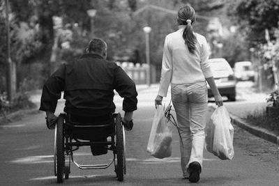 Congedo-straordinario-per-assistere-il-disabile-anche-a-parenti-e-affini-entro-il-terzo-grado